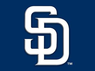 Padres announce new chief operating officer