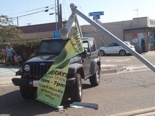 pole_on_jeep1_1350692793507.jpg