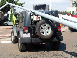 pole_on_jeep3_1350692793505.jpg