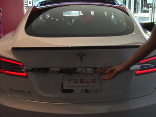 Tesla dealership at UTC