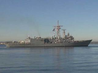 USS Thach leaves San Diego Bay