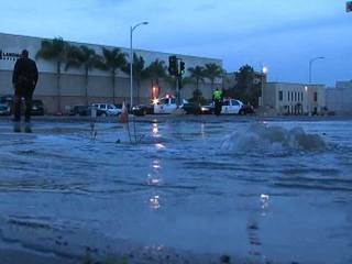 Pacific Highway water main break