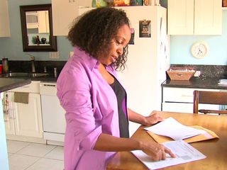 Woman says she was victim of bogus tax business