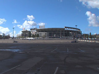 Poinsettia Bowl teams arrive in San Diego