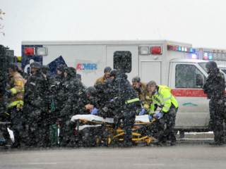 3 dead in Colorado Planned Parenthood shooting