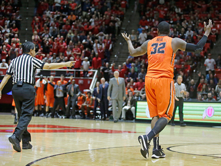 Oregon State player trips referee, gets ejected