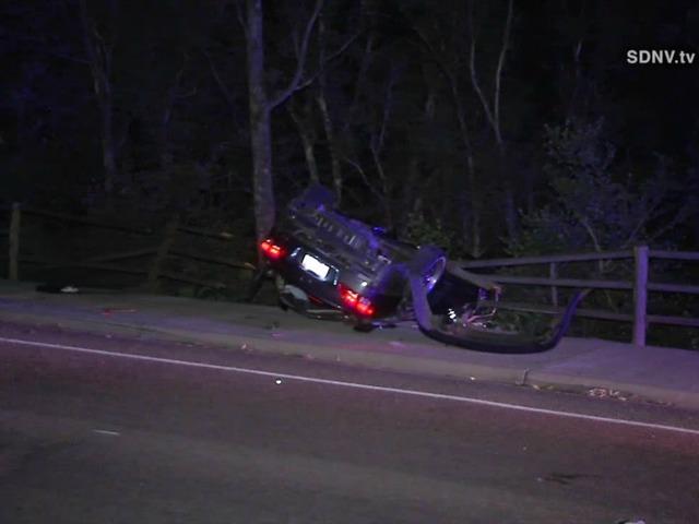 Rollover crash leaves 1 dead, 3 injured