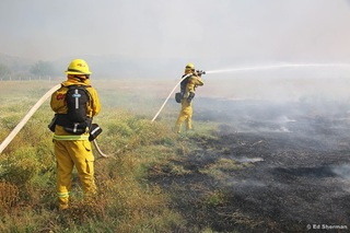 Crews getting handle on Border Fire