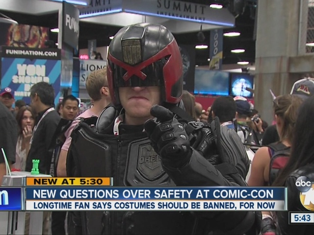 Longtime Comic-Con fan asks for ban on costumes