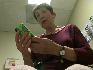 Texting is the new way to call your doctor