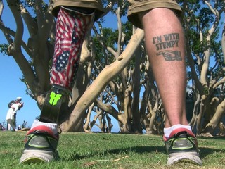Injured Navy veteran continues to inspire others
