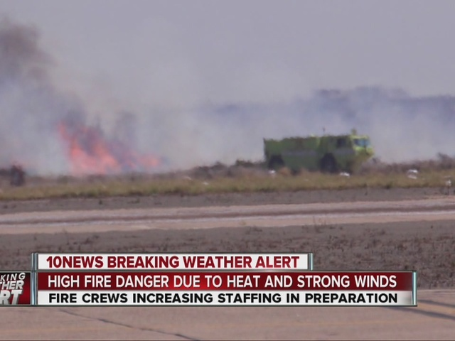 Precarious heat, powerful winds raise wildfire risk Monday