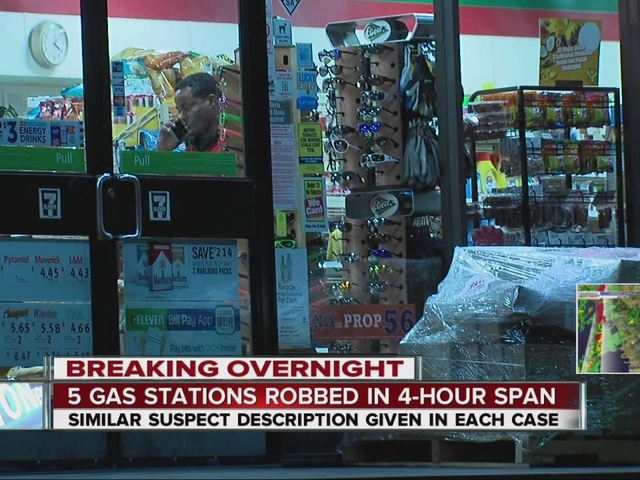 Armed robbers hit 5 San Diego convenience stores overnight