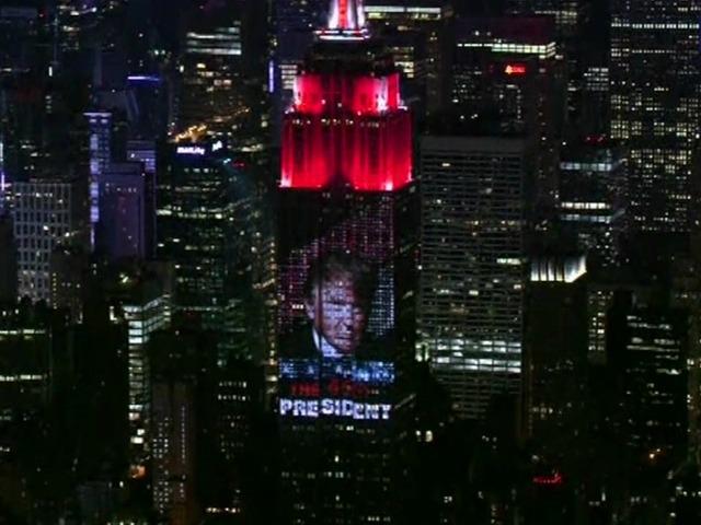 Donald Trump Takes Over Empire State Building 10news Com