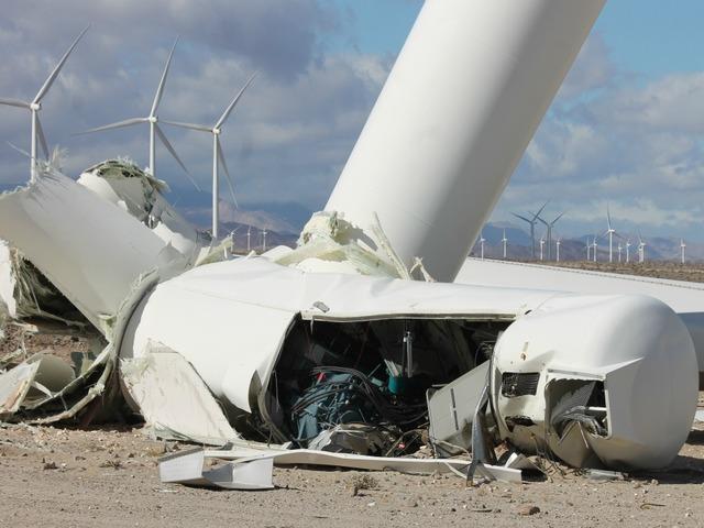 Wind Turbine Collapses In Ocotillo Area 10news Com Kgtv