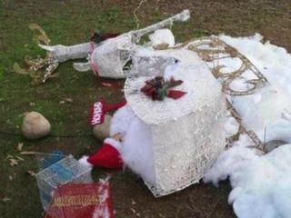 Grinch vandalizes La Mesa family's decorations