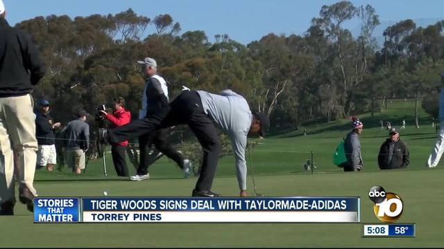 Tiger Woods At The Farmer S Insurance Open 10news Com