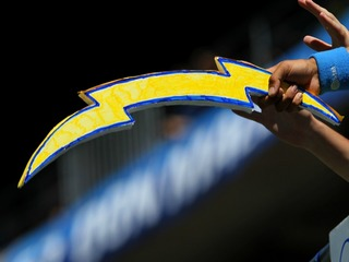 Chargers set ticket prices for 1st season in LA