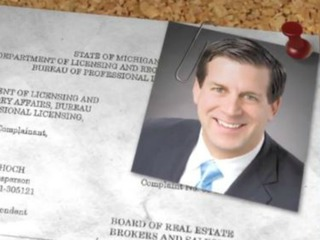 Realtor suspended, accused of sex in homes