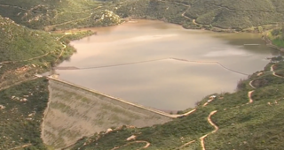 Lake Poway nears spillover, lake closed Wed
