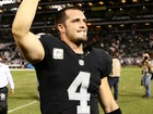 Raiders QB Carr agrees to $125M extension