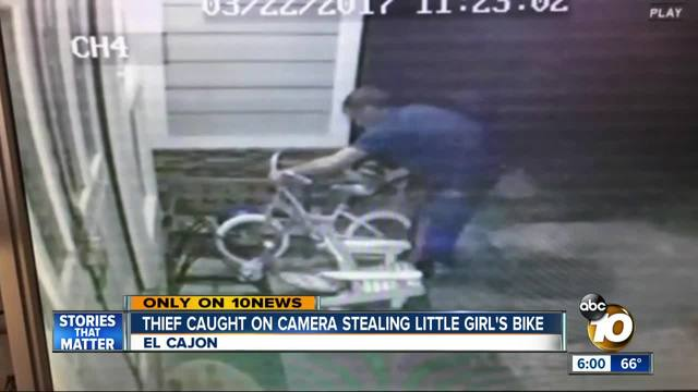 Thief caught on camera stealing little girl-s bike