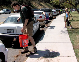San Diegans cleanup the county on Earth Day