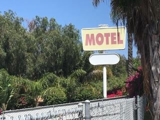 Victim of Pacific Beach motel stabbing dies