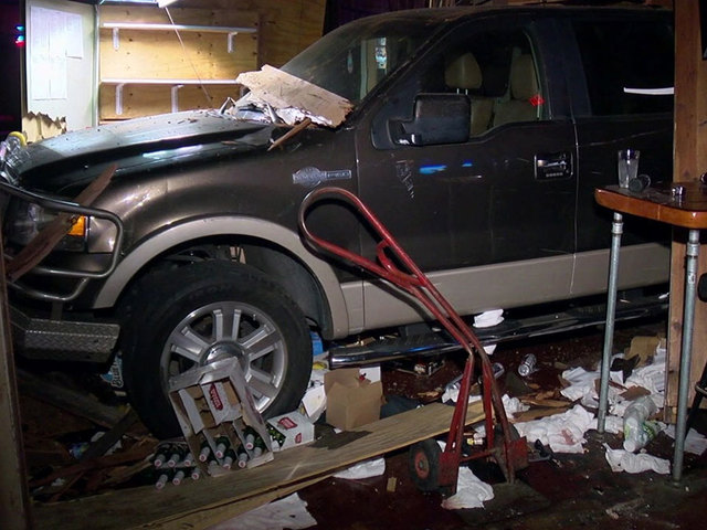 Driver crashes picktup truck into Spring Valley bar moments after leaving it