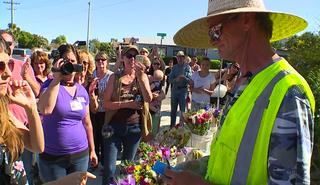 Community raises money for flower vendor