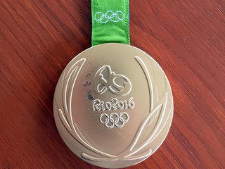 Athletes report defective Rio Olympics medals