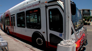 San Diego woman questions MTS bus door safety