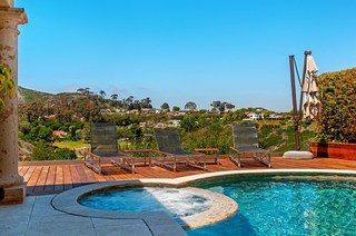 Real Estate: La Jolla home for entertaining