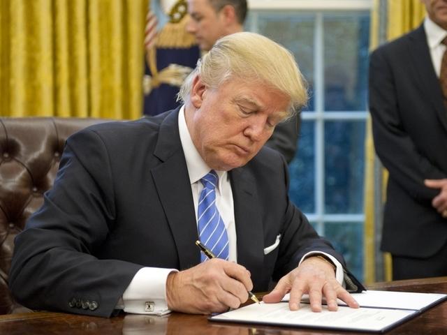 Paul Ryan, other top Republicans urge Trump to keep DACA