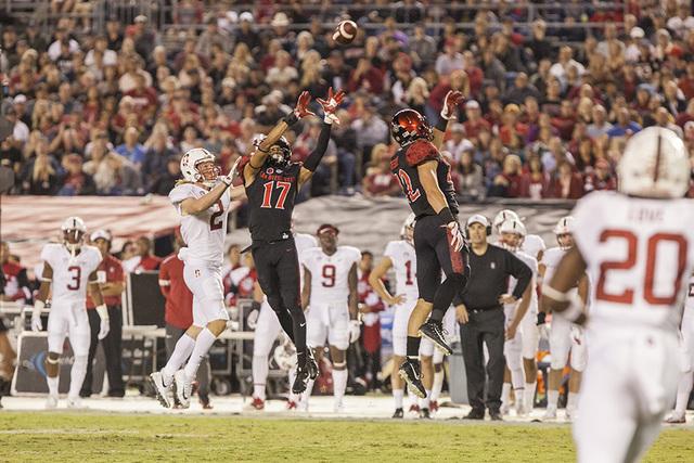 Stadium goes dark as San Diego State upsets Stanford