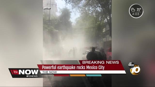 Powerful earthquake rocks Mexico City
