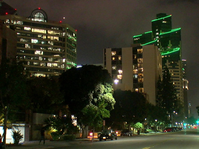 Downtown residents warned of Vegas-style attack