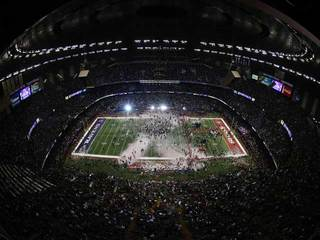 Super Bowl at Mercedes-Benz Superdome-10933