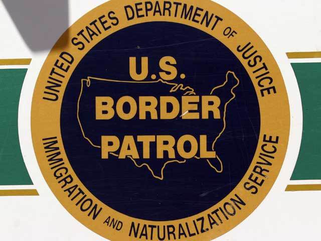 Texas Border Patrol agent charged in deaths of woman, child