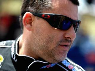 Tony Stewart's ranch to host hunting, fishing