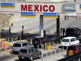 Toddler's body found in bag at US/Mexican border