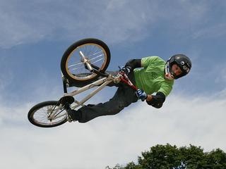 BMX bike legend Dave Mirra found dead