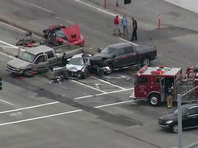 Multi Vehicle Wreck Blocks Carlsbad Intersection Kgtv