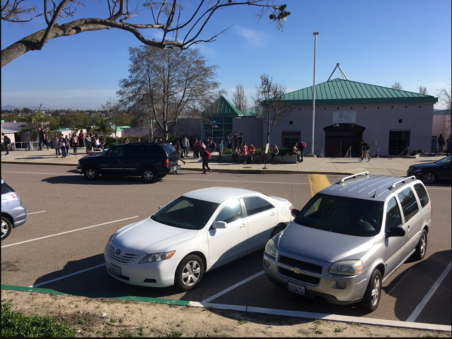Lilac Fire Live >> Student describes teacher accidentally showing porn to 7th grade class at Rancho del Rey Middle ...