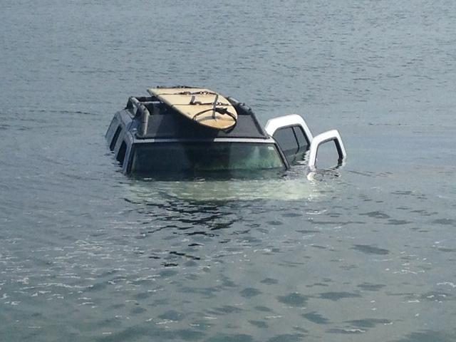 High Tide Swallows Mans Car In Mission Bay 10news Kgtv Tv San