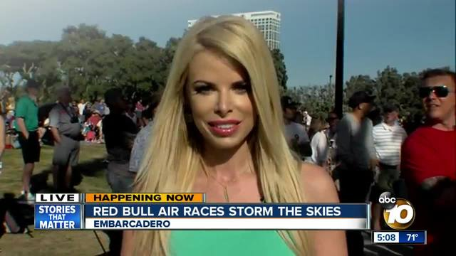 Red Bull Air Races Tear Through The Air Over San Diego Bay