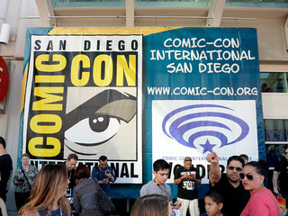 SDCC auctions off passes for hurricane relief