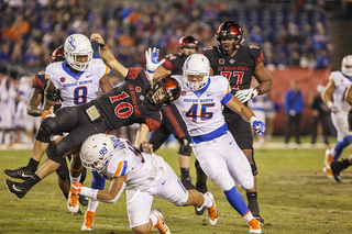 SDSU steamrolled by Boise State, 31-14