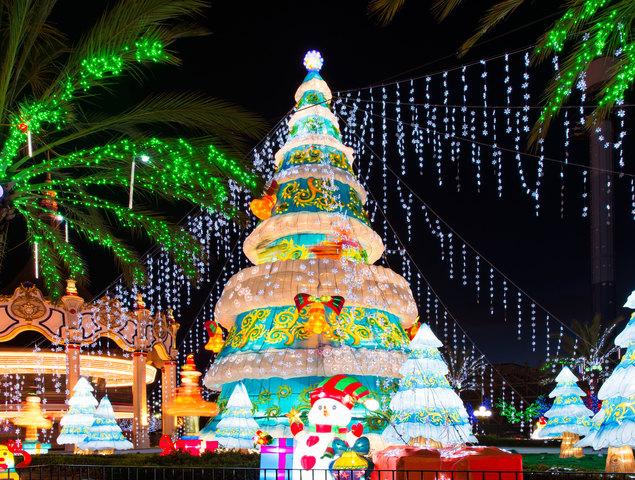 global winter wonderland turns sdccu stadium into an international holiday theme park - College Station Christmas Lights Park