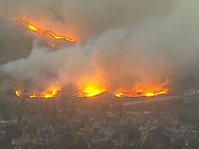 Creek Fire burns 1000 acres in LA foothills; Evacuation orders in place